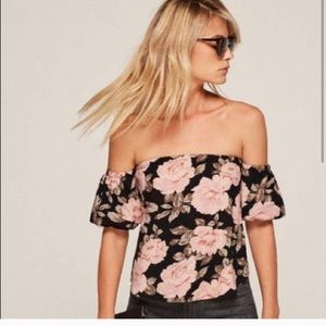 Reformation Pamplemousse top off the shoulder M